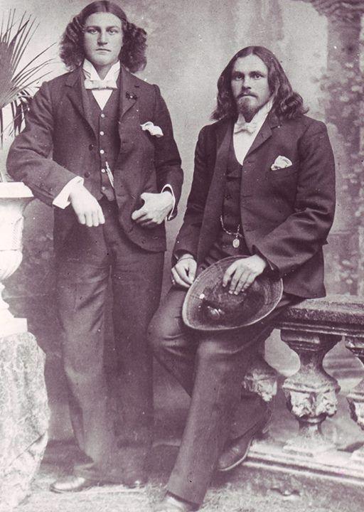 The Viljoen Brothers some Boers refused to cut their hair  1012891_10152783343976110_5013065914582252796_n.jpg 512×720 pixels