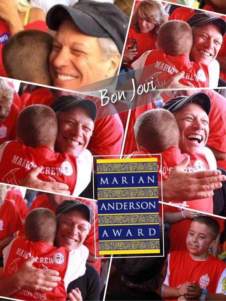 I take my hat off!!! Congrat to #JonBonJovi for the #MarianAndersonAward 2014 #MusicCanChangeTheWorld   #Gabriella #Ruggieri selection