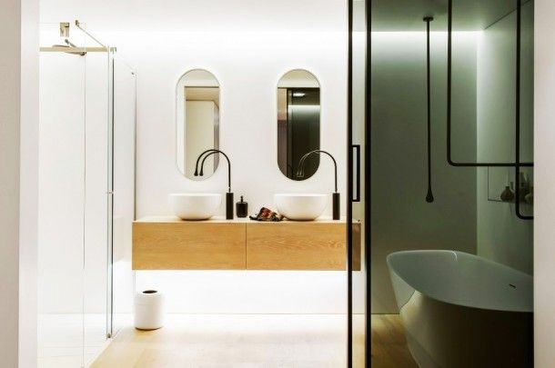 Bathroom - Amazing Modern And Minimalist Details In The Clean Simple Lines Bathroom With Glass Shower Space And The White Wall: An Award Winning Simple and Minimalist Bathroom Design Ideas