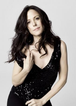 Mary-Louise Parker. She is one of my favorite actresses!  Loved her in Weeds and The West Wing.