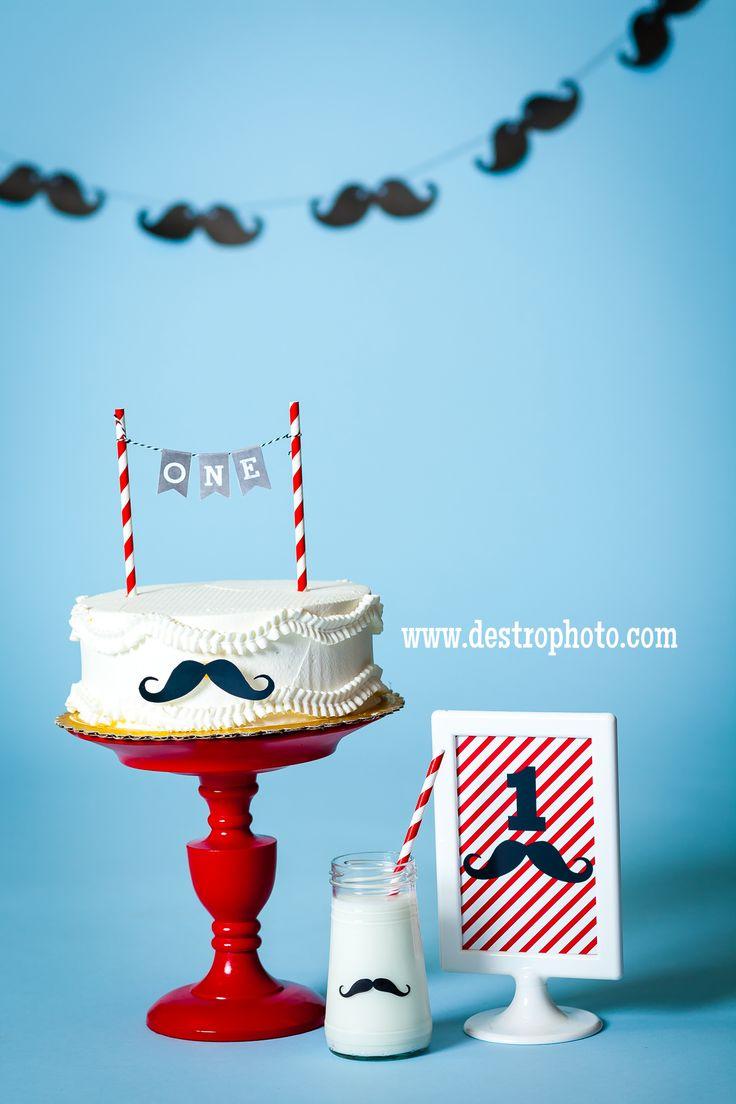 Mustache Birthday Props.  Cake Smash. First Birthday. DIY Cake plate. DIY Milk Bottle. DIY Mustache Banner.