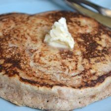 These delicious, simple whole wheat fluffy vegan pancakes are a wonderful breakfast option for vegans. Oil-free, no added sugar and only a few ingredients!