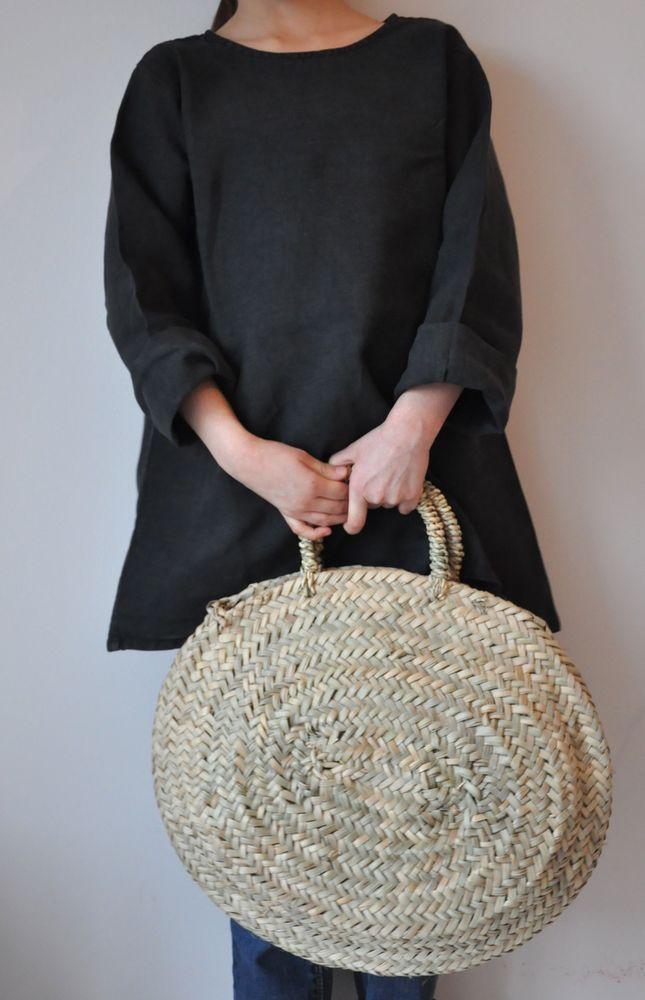 panier: Panier Presqu, Small Cart, Woven Bags, Women Dresses, Rond Milk, Panier Rond, Straws Bags, Moroccan Baskets, Bags Ladies