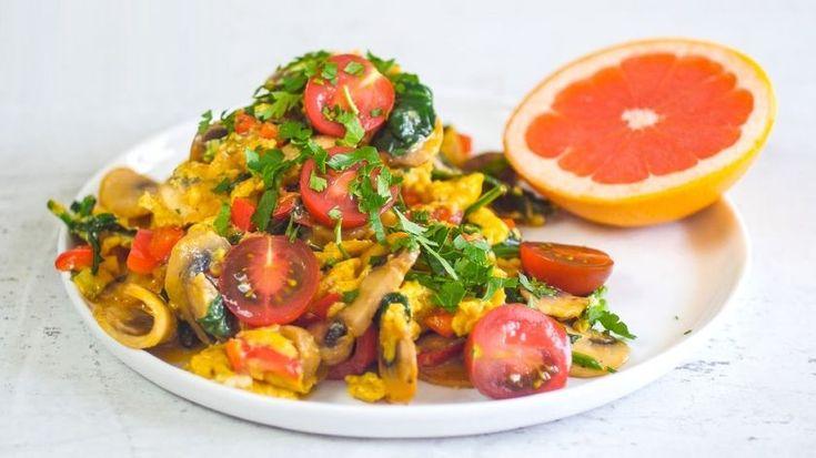 Υγιεινές και εύκολες συνταγές: Αβγά scrabbled με λαχανικά