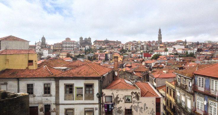 Порту - один из самых великолепных городов в мире! Я очень люблю смотреть также на силуэты городов, так вот, силуэт Порту прекрасен! Такую красоту редко где…
