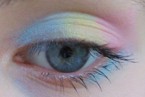 Pastel Rainbow eyeshadow for when Kitty or Bunny is advertising for Bellerose industries.