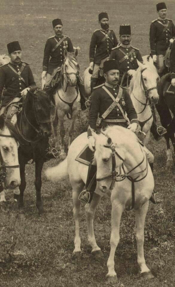 WWI Soldiers - Ottoman Empire Army. https://www.facebook.com/storiciesalottiere https://www.tumblr.com/blog/storicisalottiere