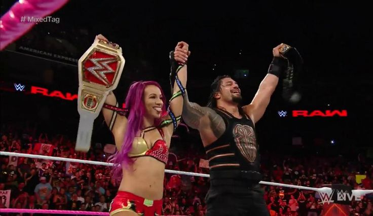'WWE Monday Night Raw' Results: Sasha Banks & Roman Reigns Defeat Charlotte & Rusev [Real-Time Updates]