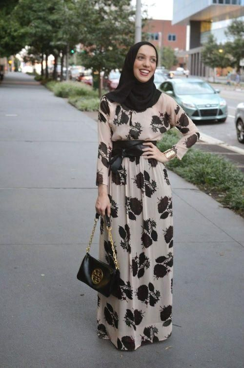 floral maxi dress hijab outfit, Stylish hijab looks by Hani Hulu http://www.justtrendygirls.com/stylish-hijab-looks-by-hani-hulu/