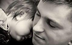 Ο πατέρας που έσωσε το γιο του αφού έσκαψε 36 ώρες με γυμνά χέρια