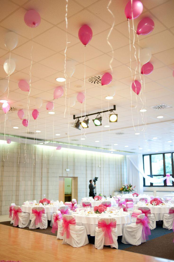 Nami organizované svadby v Bojniciach sú vždy na kľúč a presne podľa vašich požiadaviek. We organize weddings in our 4 star hotel as well as in Bojnice castle. Make your day really special! #weddingbojnice #wedding #slovakia #svadbabojnice #svadba