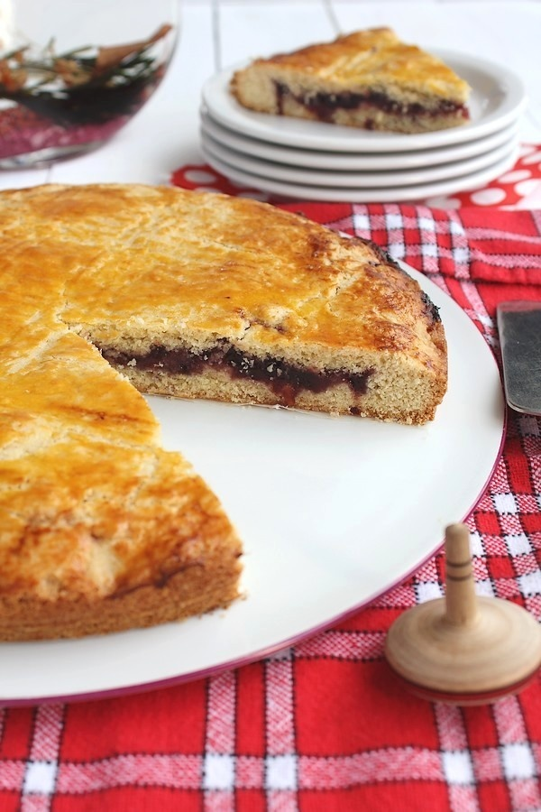 Gateau Basque is a traditional dessert from the Basque region of France. A layer based cake with a filling of either pastry cream or cherry preserve. http://www.google.com/translate?hl=en&ie=UTF8&sl=fr&tl=en&u=http%3A%2F%2Fchocociframboise.over-blog.com%2Farticle-gateau-basque-a-la-confiture-de-cerises-noires-110458677.html