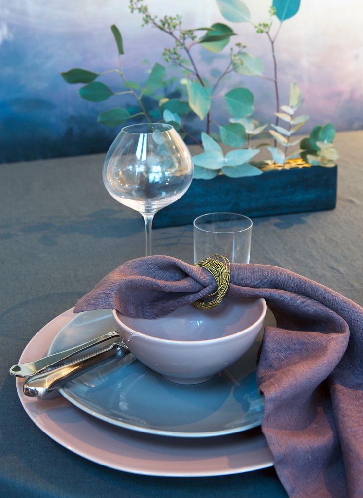 HIMLA Sunshine tablecloth Lyric and napkins Mauve, Kerala napkin ring Bronze