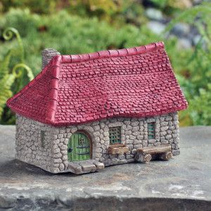 MICRO FARMHOUSE - This micro mini farmhouse is full of color and charm. Use these in smaller pots, or perhaps as a mini world inside a fairy world. The magic is yours to decide. #fairygardeningaustraia