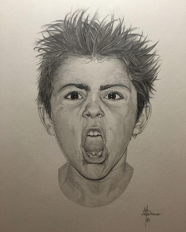 Retrato a lápiz de troglodita de 6 años