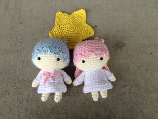 Free Amigurumi Star Pattern : Little Twin Stars Kiki Lala Dolls ~ free patterns ? ...