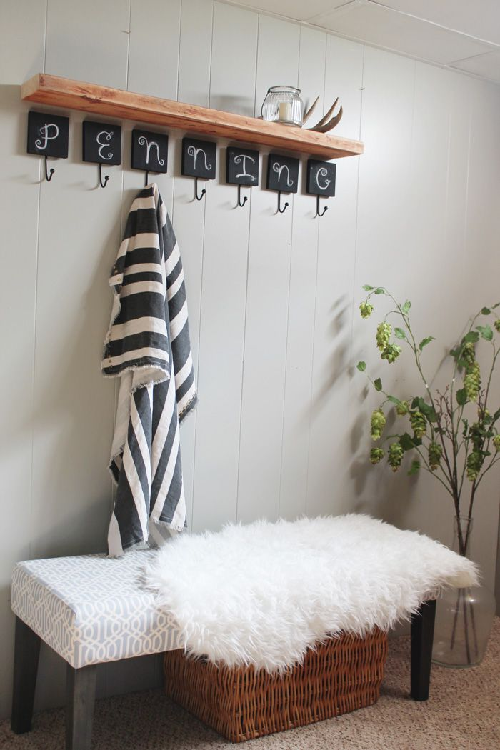 Inspirational Entry Bench with Shelf