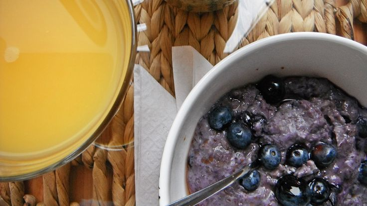 Sweet Summer Blueberry and Oats Bowl