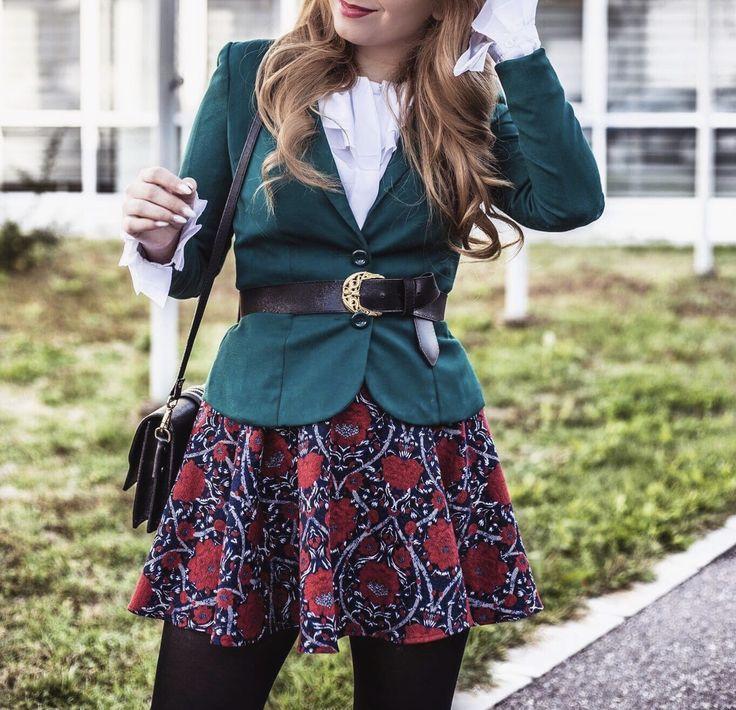 Green blazer, red skirt, autumn outfit