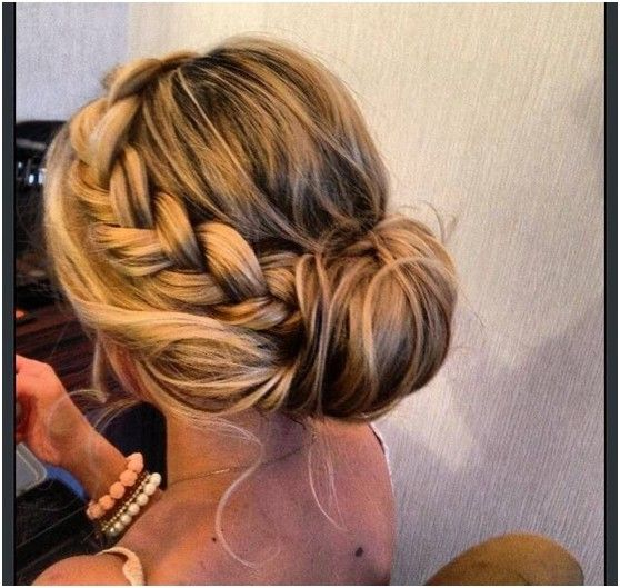 Simple-Bun-Updos-Pairs-with-Loose-Braid-Prom-Hairstyle
