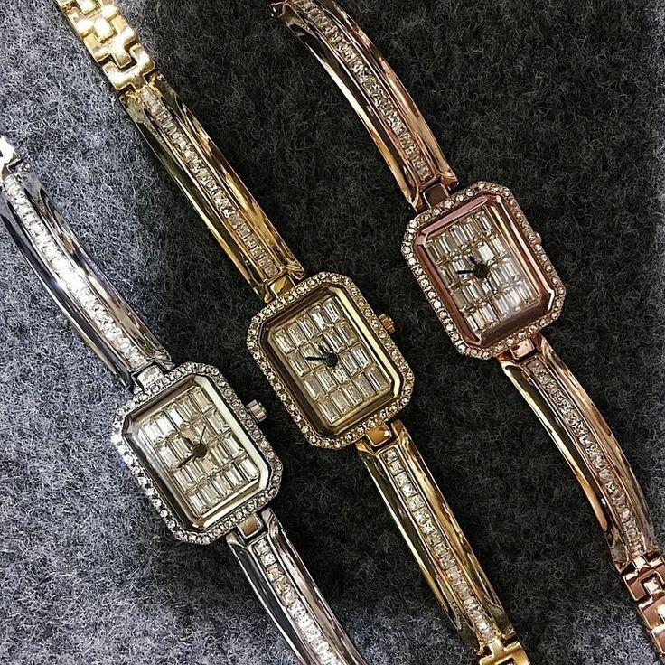 Luxury Fashion Watches With Diamond Rhienstone Women Quartz Crystal Bracelet Watch For Women relojes mujer