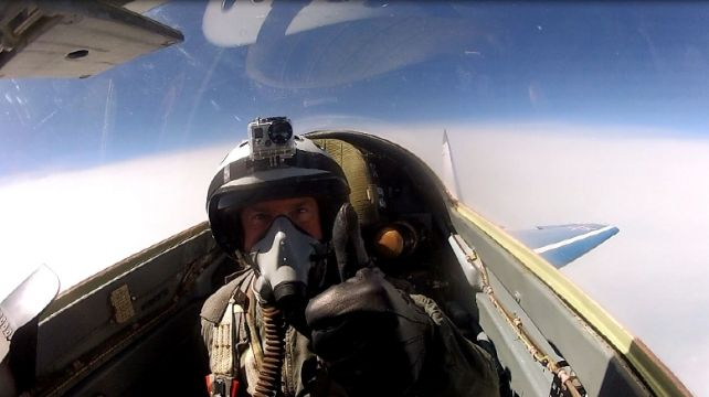 Fly a MIG Fighter Jet | Fly at Supersonic Speed, Flying Travel Experience | Combadi