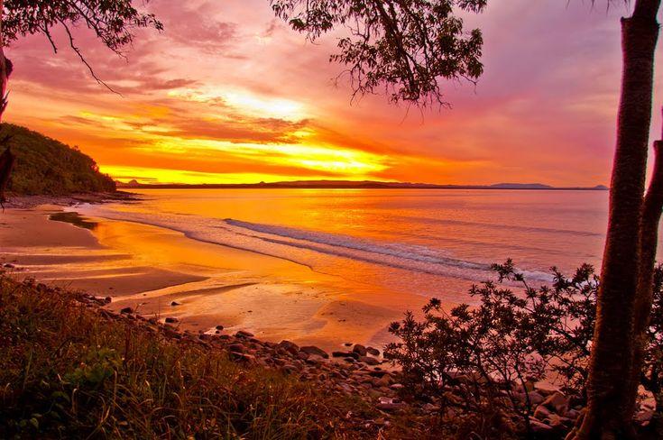 Sunset at Noosa Heads beach, Sunshine Coast, Queensland, Australia, Roberto Portolese