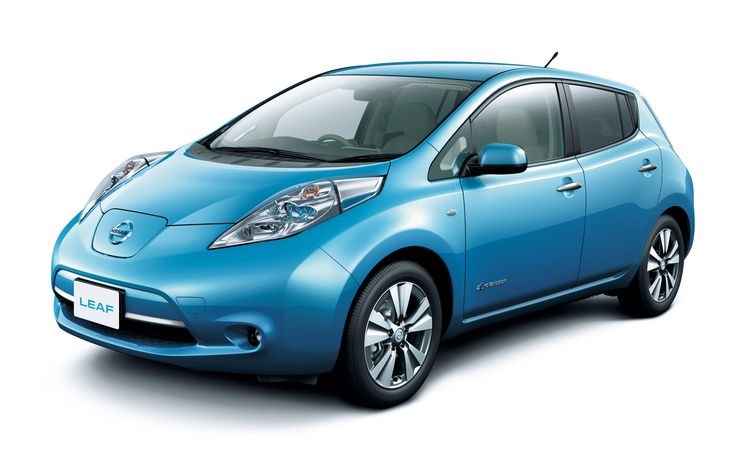 Nissan Promises Driverless Cars By 2020 - http://blacklemag.com/technology/nissan-promises-driverless-cars-by-2020/
