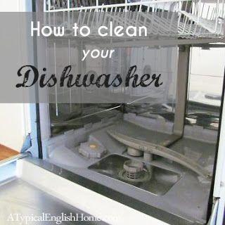 Para uma limpeza da máquina de lavar louça - Limpeza do filtro:  1) um copo de bicarbonato de sódio 2) 1/2 copo de vinagre 3) deixar repousar 15 minutos 4) uma chaleira de água quente   Limpeza e descalcificação: 1) colocar uma taça com vinagre na prateleira superior 2) ligar a máquina (ciclo normal) apenas com a taça de vinagre