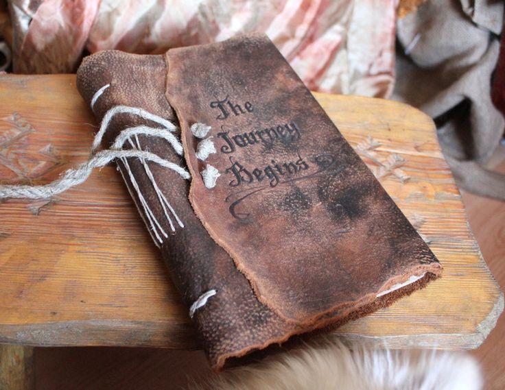 Personalisiertes Gästebuch aus Leder von crearting handmade auf DaWanda.com