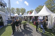 Lausanne 2014 Gallery - LONGINES GLOBAL CHAMPIONS TOUR - The shopping village