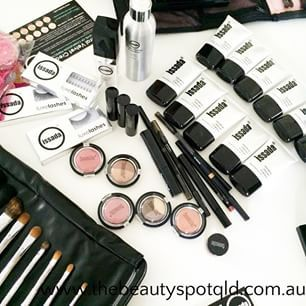 The Beauty Spot QLD uses quality Issada products suited to your colours and shades #makeup #thebeautyspotqld #issada   #clairetaylormua