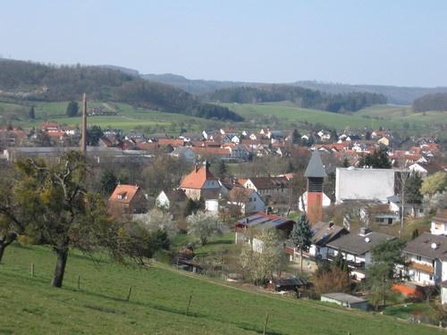 over looking Kirch und Pfaffen-Beerfurth