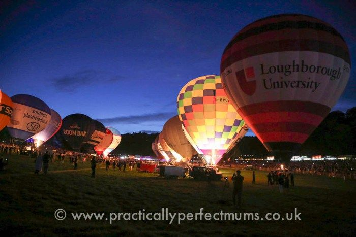 How to have the best day at Bristol Balloon Fiesta with tongue in cheek tips on how to wangle an invitation so you can live it up and enjoy the posh queue-free loos in the Members Area! Night Glow at Bristol Balloon Fiesta 2016