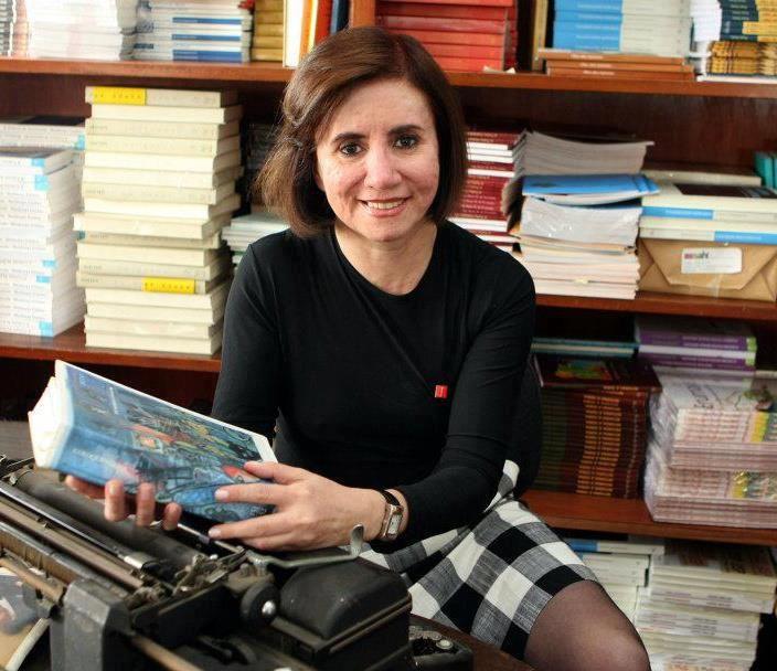 """Eula Carvalho Pinheiro - autora do livro """"José Saramago: tudo, provavelmente são ficções; mas a literatura é vida"""""""