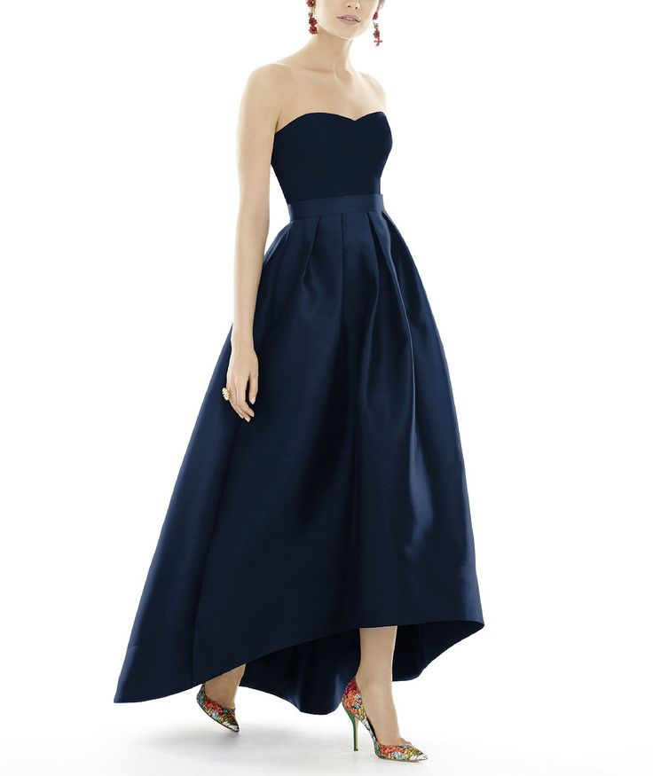 DescriptionAlfred Sung Style D699Full length bridesmaid dressSweetheart necklineMatching belt at natural waistHi-low hemlinePleated Aline skirtPocketsSateen Twill