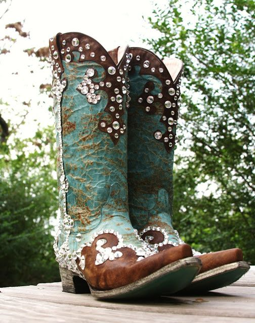 Blinged Out Boots ~ Shelbi Lavender Designs The Cowgirl Way Magazine™ I really need these boots, they would go with so many outfits I have & if not...then it gives me a reason to buy some, LOL! Actually these are two of my favorite colors & wouldn't be for working in the yard - these are beautiful!!!