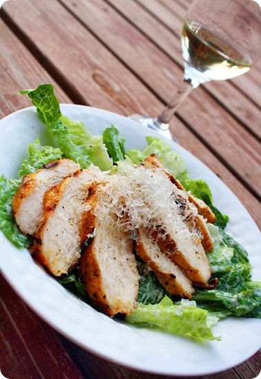 Creamy Caesar Salad with Herb Grilled Chicken: Creamy Caesar, Chicken Cake, Garlic Breads, Ceasar Salad, Grilled Chicken Salad Recipes, White Wine, Herbs Grilled, Chicken Caesar Salad Recipes, Grilled Chicken Recipes