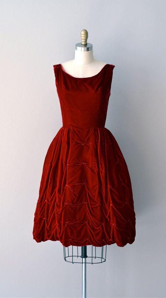 vintage 1950s dress | Subtle Drama