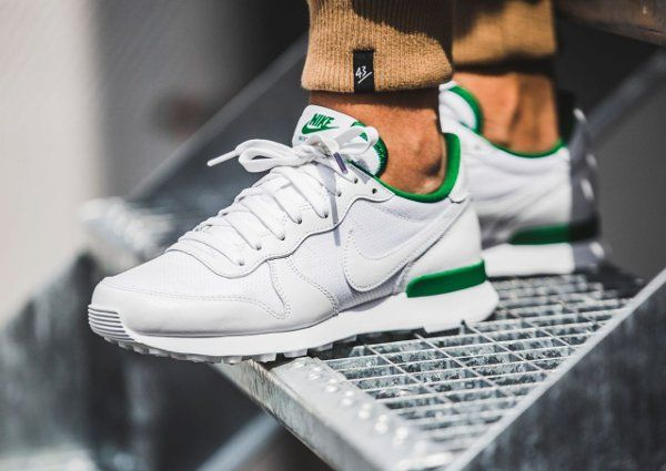 Chubster favourite ! - Coup de cœur du Chubster ! - shoes for men - chaussures pour homme - sneakers - boots - sneakershead - yeezy - sneakerspics - solecollector -sneakerslegends - sneakershoes - sneakershouts - Nike Internationalist White Pine Green Quickstrike post image
