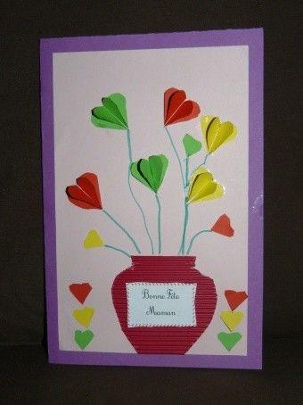 Carte (vase fleuri de coeurs) pour la fête des mamans