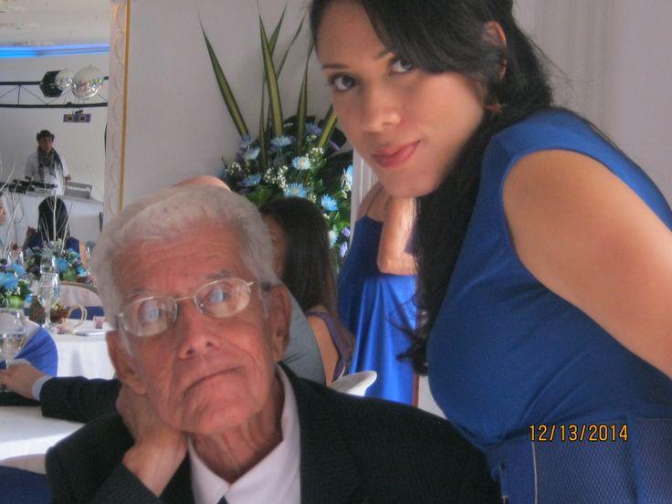 Dama de honor, abuelo vs nieta