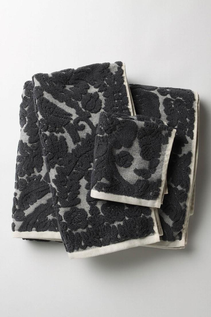 anthropologie perpetual blooms towel