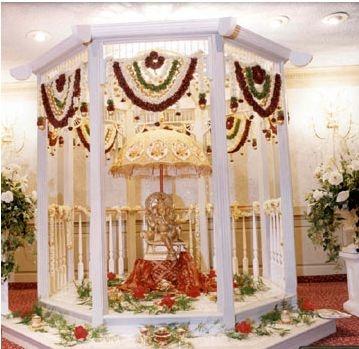 Beautiful Wedding Entrance Decoration Themes