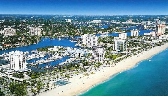 Boca Raton, Florida is the best of many worlds - sophisticated, wordly and affluent, yet private.