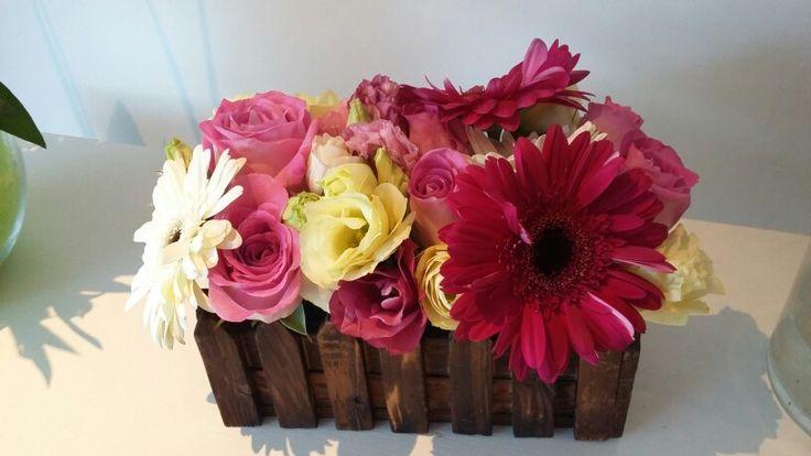 Rosas lisianthum gerveras