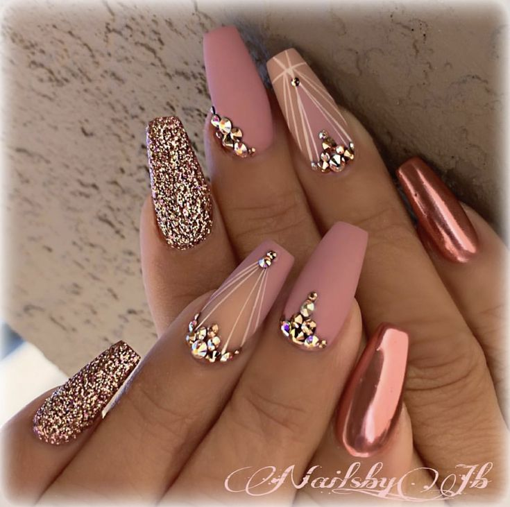 Credit: @nailsby_jb Are you having a rose gold quinceanera or party? Girl, go to your favorite nail technician and have her do a combination of metallic and glitter nails!  For more inspiration on how to do your nails for your next party, check out our planning guide!  Rose Gold Party Theme   Rose Gold Party Ideas   Rose Gold Sweet 16   Rose Gold Sweet 16 Ideas   Rose Gold Quinceanera Ideas   Rose Gold Party Decorations   Rose Gold Wedding Ideas  