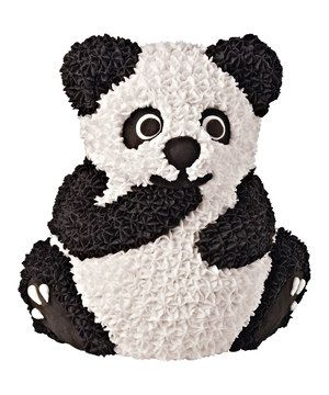 This perfect pan creates cakes in the shape of a panda bear, just right for a little one's whimsical birthday party or a baby shower. Made of aluminum, it's durable and sturdy.