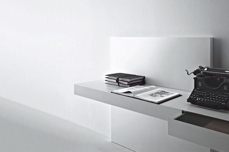 MODERN SCRITTOIO - design by Piero Lissoni - Porro Spa