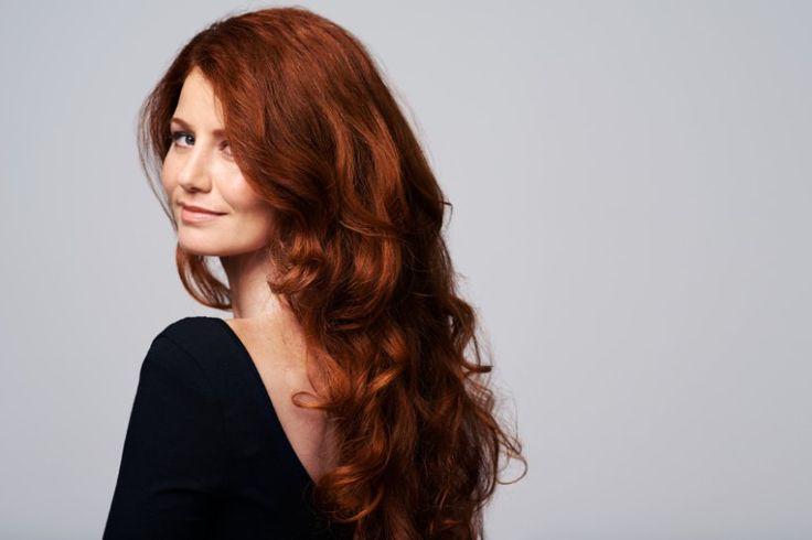Lange Haare im Trend: 50 bezaubernde Frisuren für 2017 -                         Stylingfehler sollte man ebenfalls vermeiden, zum Beispiel einen Mittelscheitel.